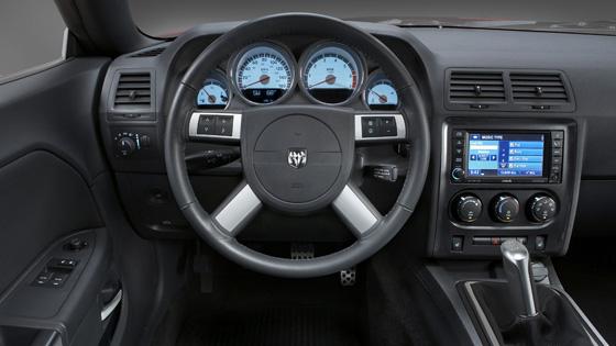 309 L 243 Erős V6 Ost Kap Dodge Challenger